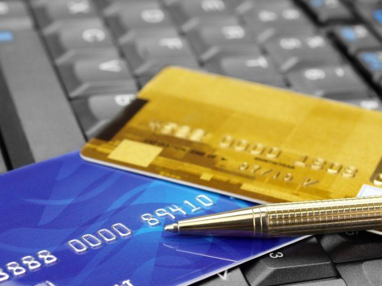 El gasto del consumidor estadounidense supera las previsiones, aumentó 1,4% en Septiembre.