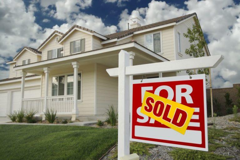 Las ventas de viviendas de segunda mano en EEUU aumentaron inesperadamente al nivel más alto desde 2005.